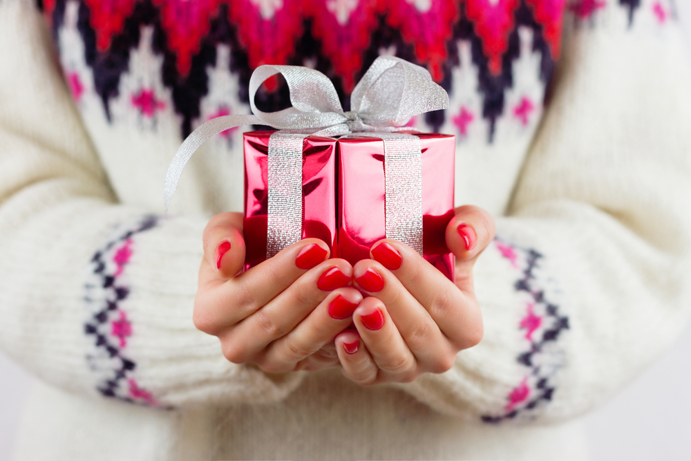 December Mani & Pedi Special